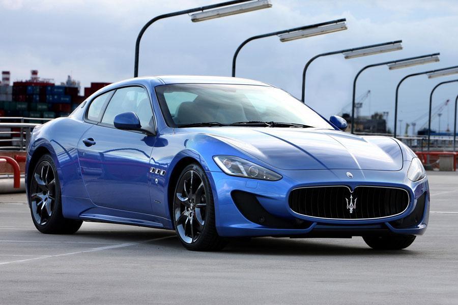 2014 Maserati GranTurismo Photo 3 of 18