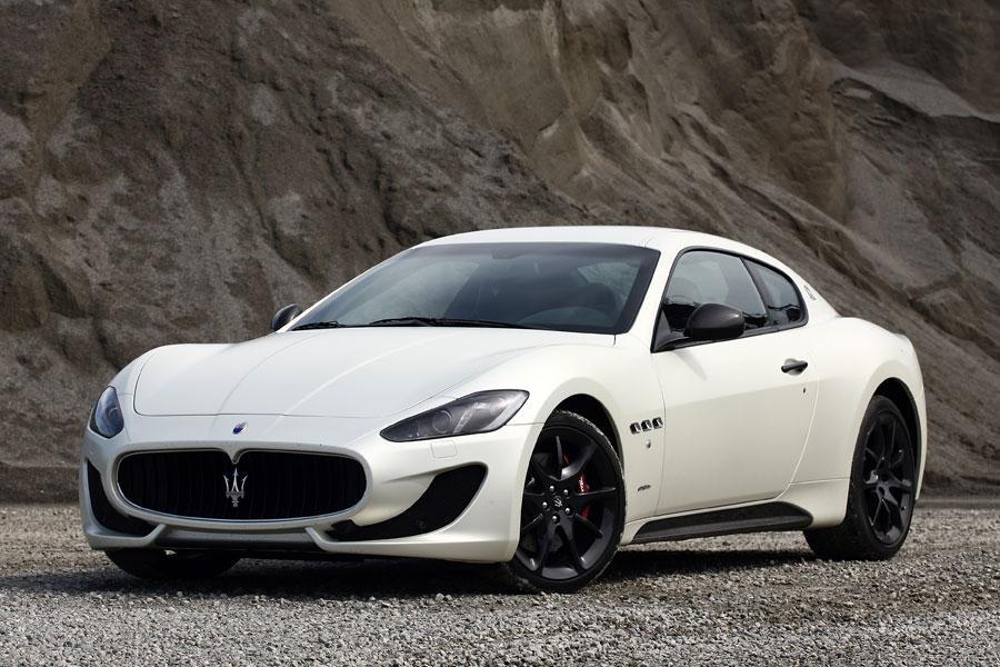 2014 Maserati GranTurismo Photo 1 of 18