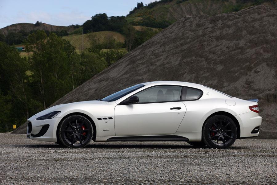 2014 Maserati GranTurismo Photo 4 of 18