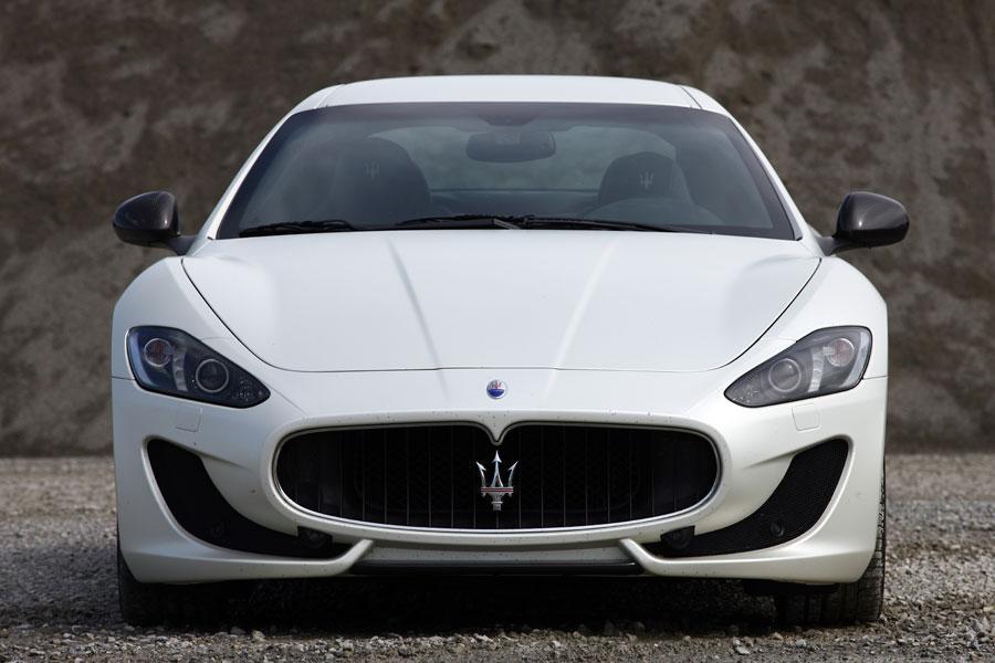 2014 Maserati GranTurismo Photo 6 of 18