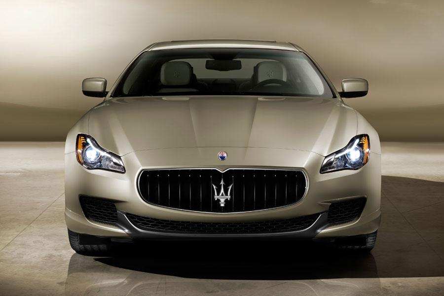 2014 Maserati Quattroporte Photo 4 of 18