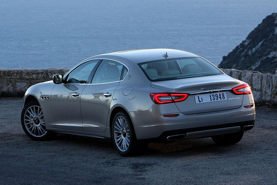 2014 maserati quattroporte reviews specs and prices. Black Bedroom Furniture Sets. Home Design Ideas