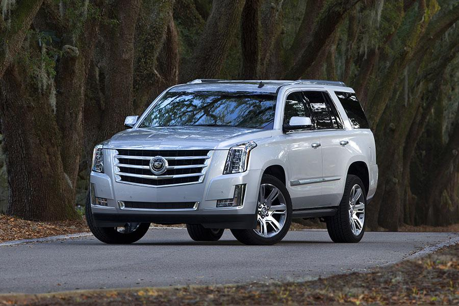 2015 cadillac escalade reviews specs and prices. Black Bedroom Furniture Sets. Home Design Ideas
