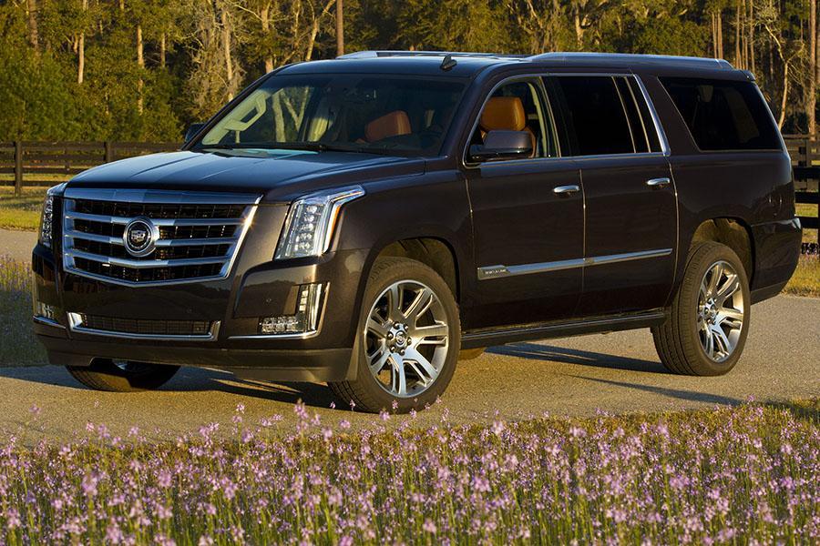 2015 Cadillac Escalade ESV Photo 2 of 3