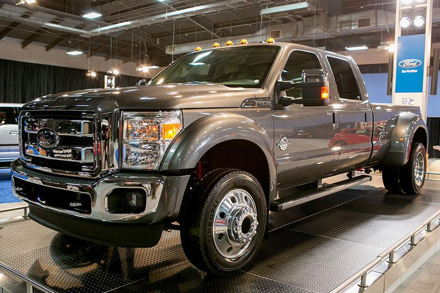 2015 Ford F-450 Photo 1 of 19