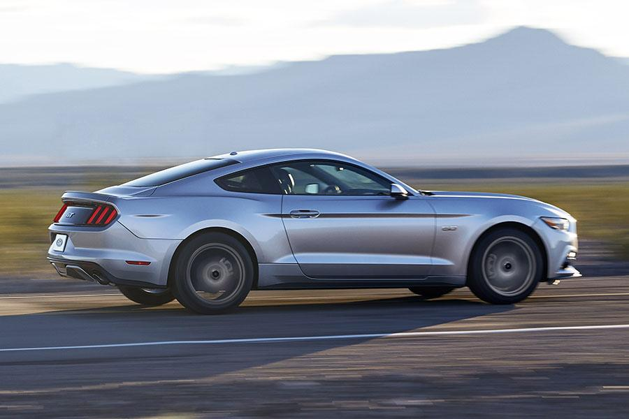 2015 ford mustang specs pictures trims colors
