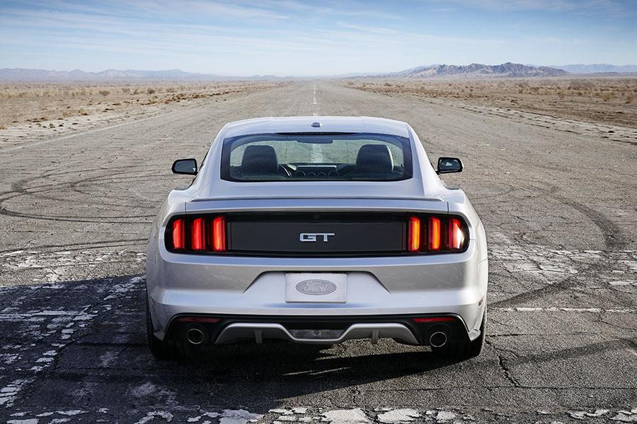 2015 Ford Mustang Photo 5 of 7