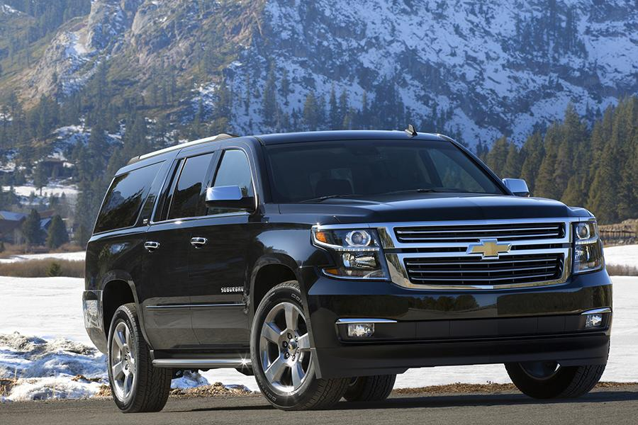 2015 Chevrolet Suburban Photo 3 of 16