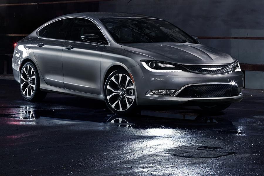 2015 chrysler 200 reviews specs and prices. Black Bedroom Furniture Sets. Home Design Ideas