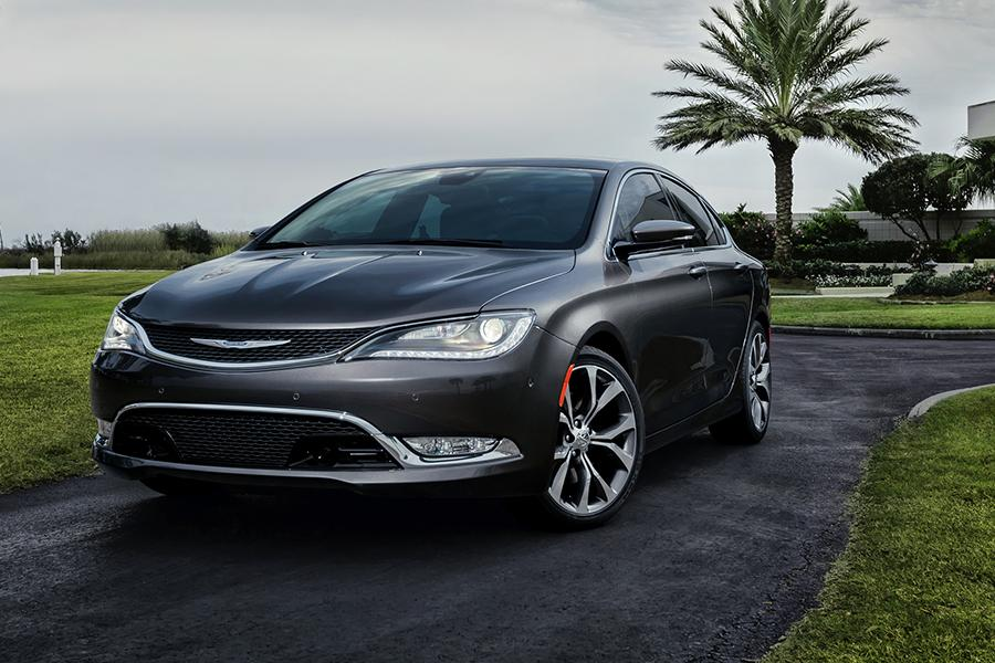 2015 Chrysler 200 Photo 1 of 37