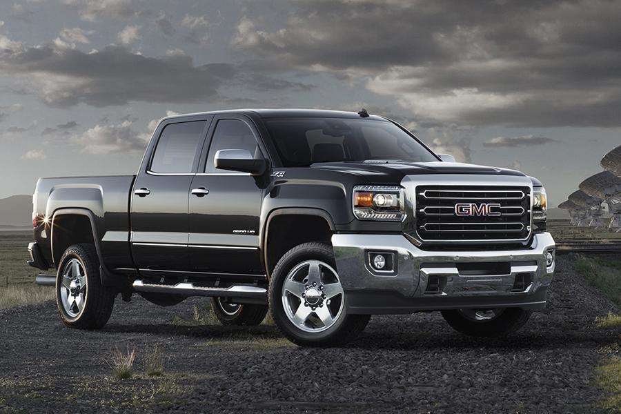 2015 GMC Sierra 2500 Photo 2 of 14