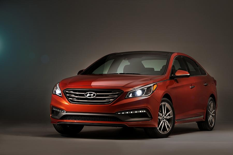 2015 hyundai sonata overview. Black Bedroom Furniture Sets. Home Design Ideas