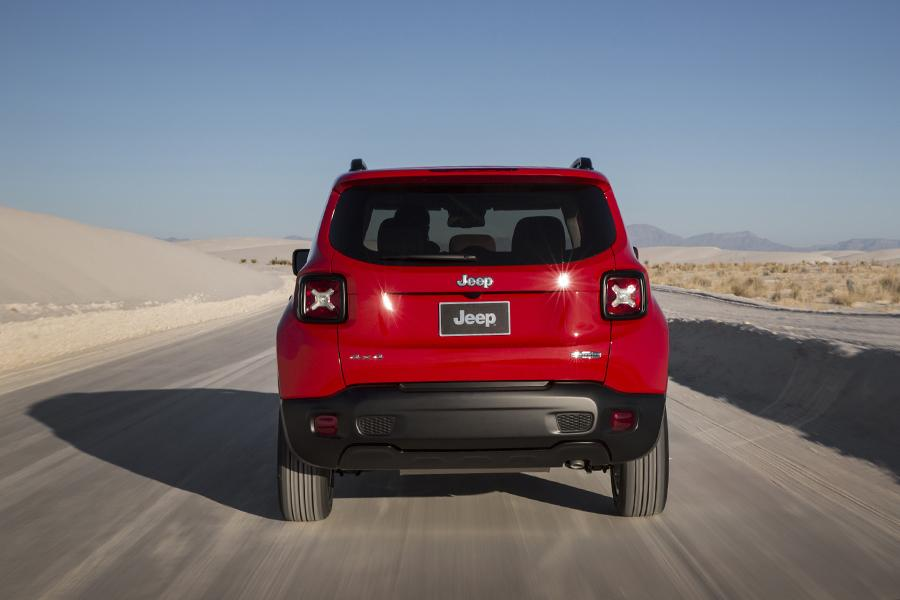 2015 Jeep Renegade Photo 3 of 48