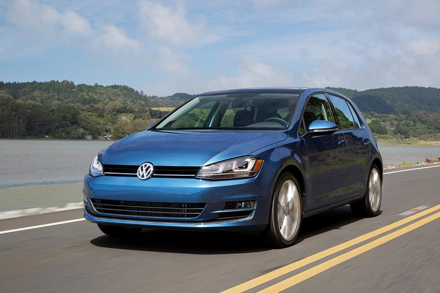 2015 Volkswagen Golf Photo 3 of 9