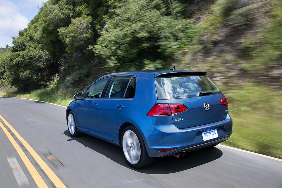 2015 Volkswagen Golf Photo 4 of 9