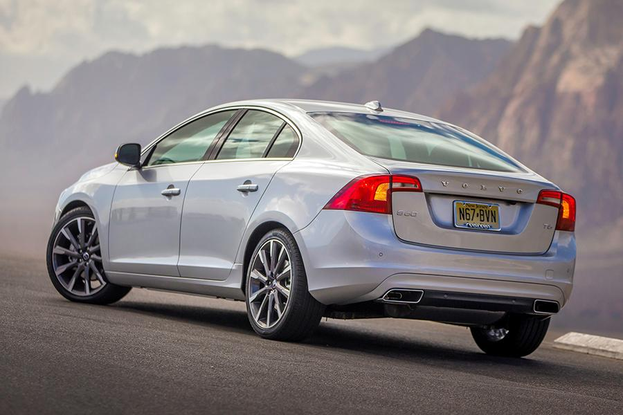 2015 Volvo S60 Photo 4 of 28