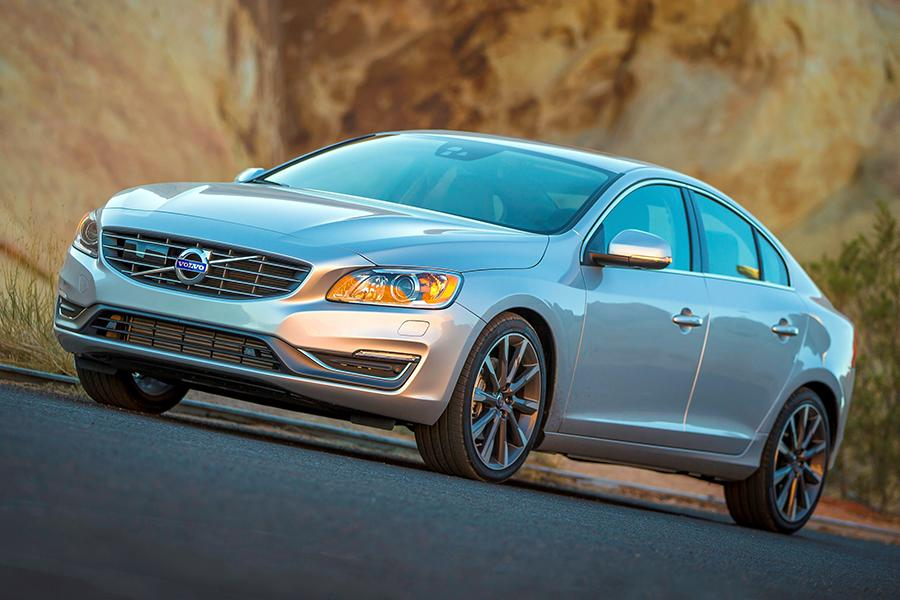 2015 Volvo S60 Photo 6 of 28