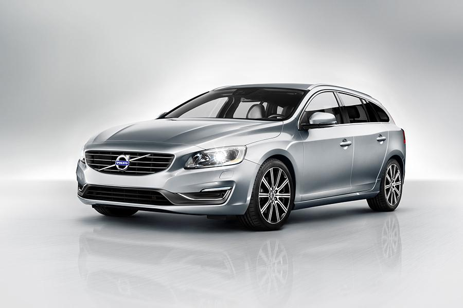 2015 Volvo V60 Photo 1 of 29