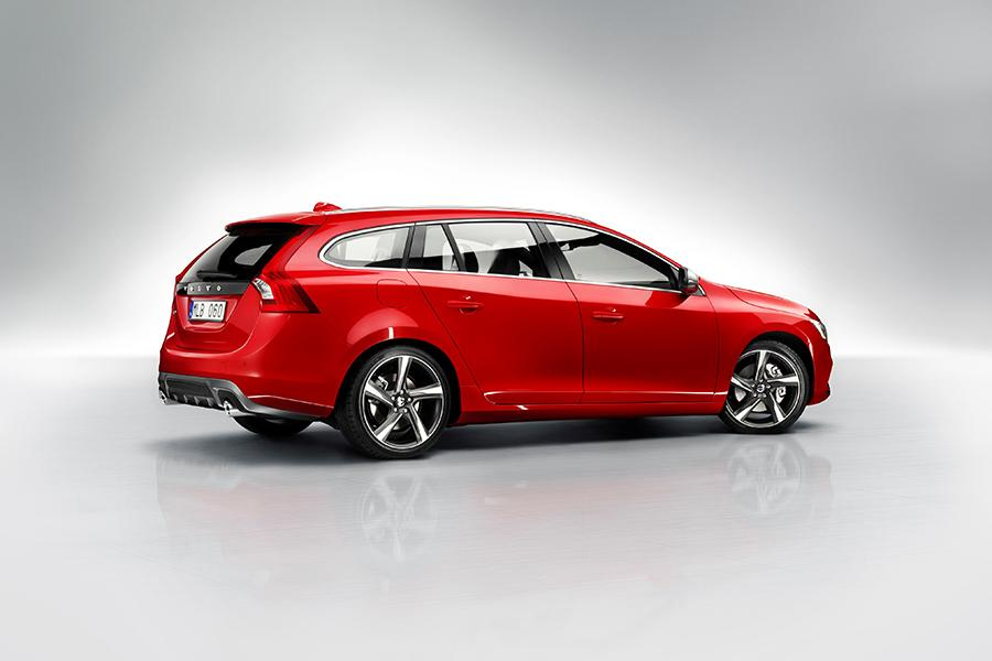 2015 Volvo V60 Photo 3 of 29