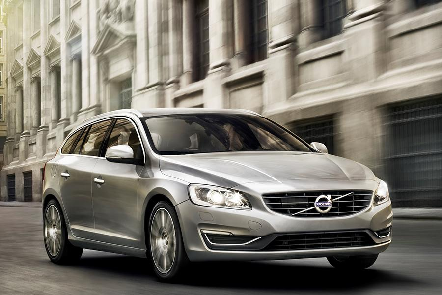 2015 Volvo V60 Photo 5 of 29