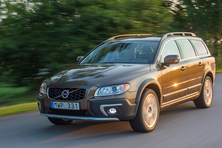 2015 Volvo XC70 Photo 1 of 12