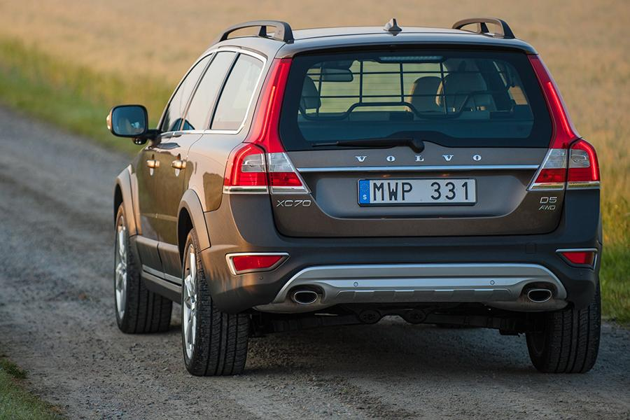 2015 Volvo XC70 Photo 5 of 12