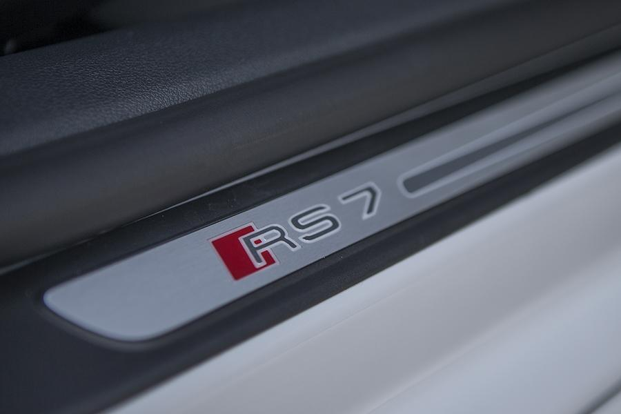 2014 Audi RS 7 Photo 2 of 29