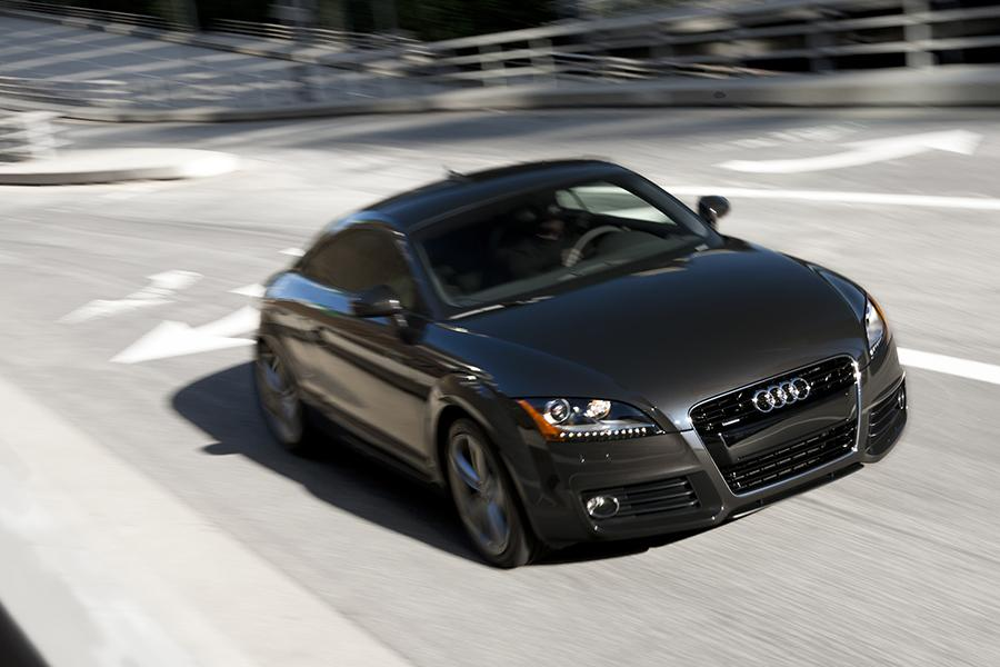 2014 audi tt overview. Black Bedroom Furniture Sets. Home Design Ideas