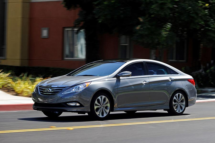 2014 Hyundai Sonata Specs Pictures Trims Colors Cars Com