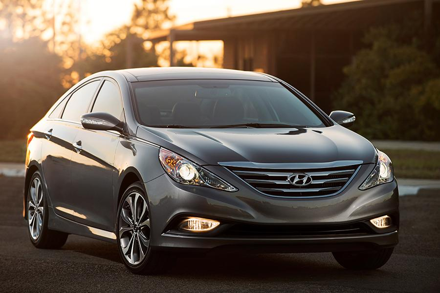 2014 Hyundai Sonata Photo 1 of 26