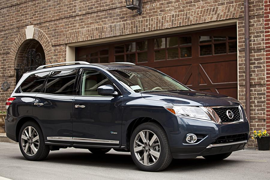 2014 nissan pathfinder reviews specs and prices. Black Bedroom Furniture Sets. Home Design Ideas