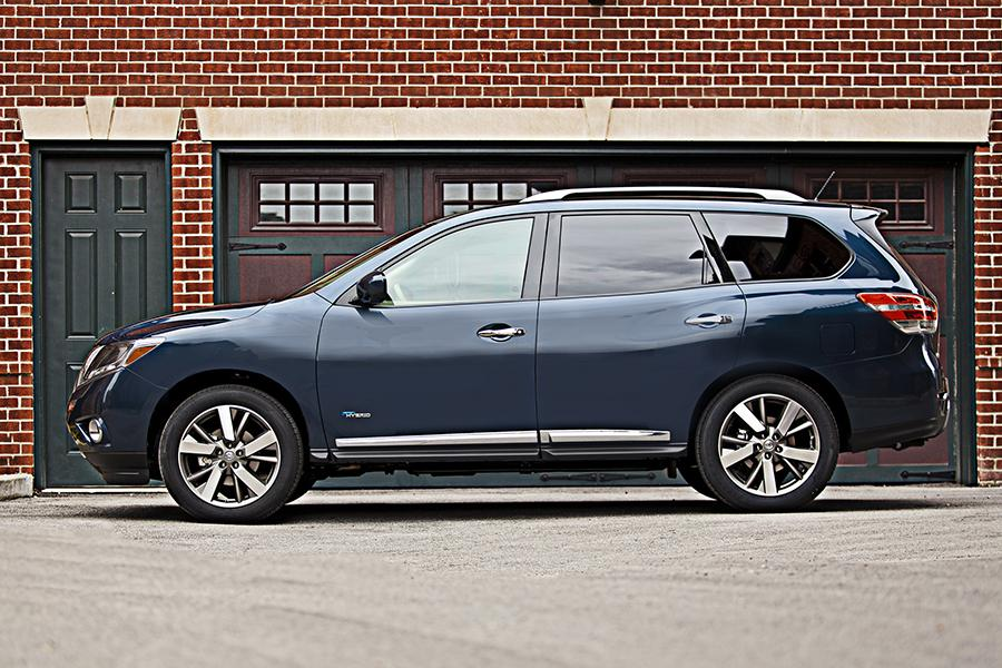 2014 Nissan Pathfinder Specs, Pictures, Trims, Colors ...