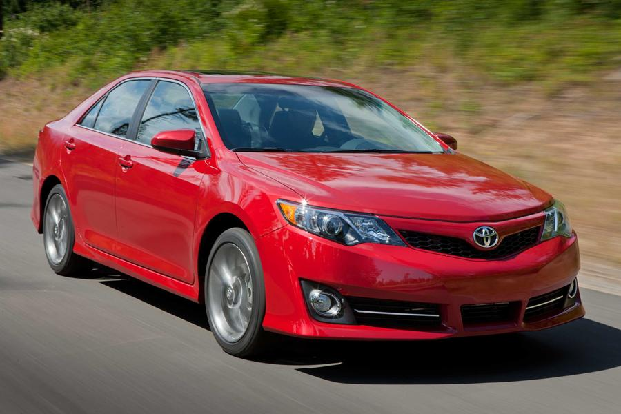 2014 Toyota Camry Photo 5 of 14