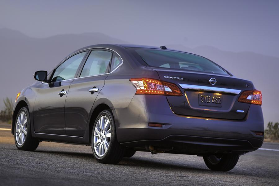 2014 Nissan Sentra Specs, Pictures, Trims, Colors || Cars.com