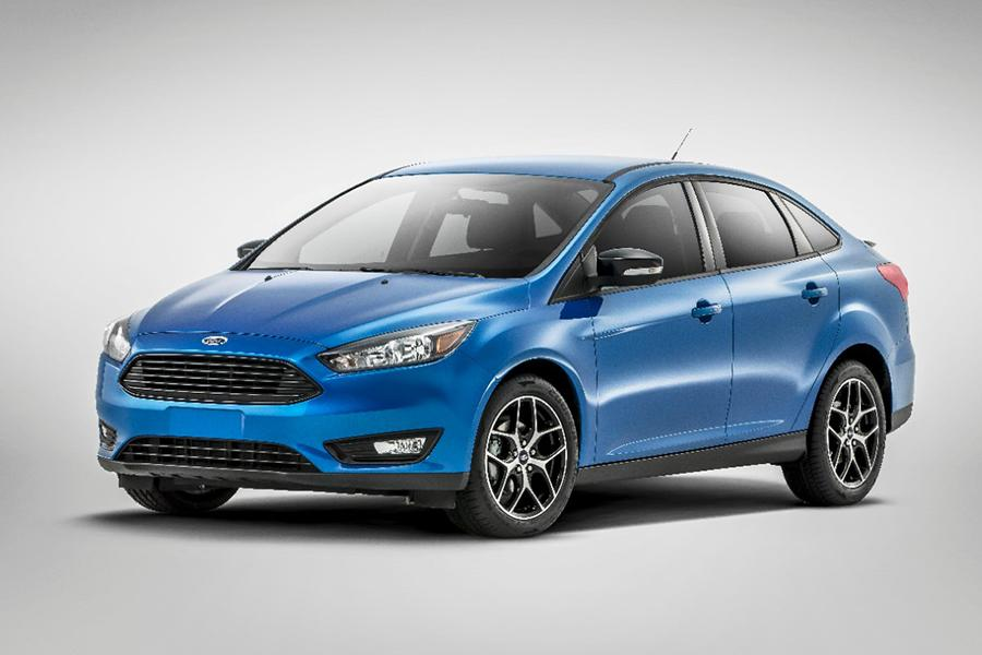 2015 Ford Focus Overview  Carscom