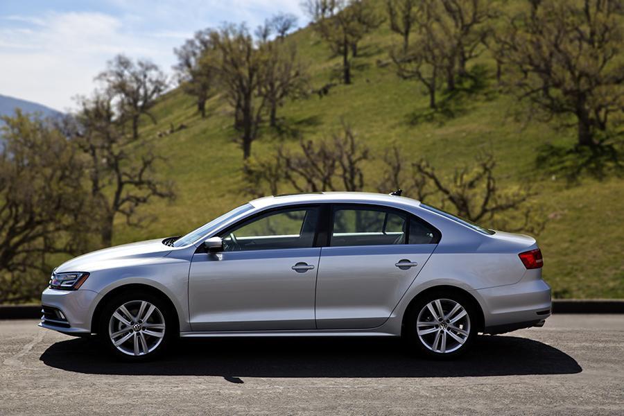 2015 Volkswagen Jetta Photo 4 of 20