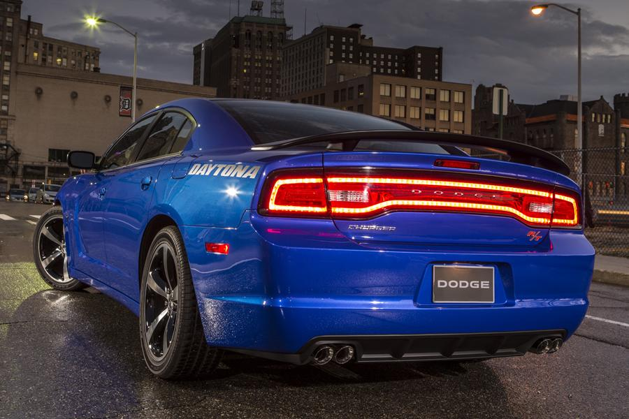 2014 Dodge Charger Photo 6 of 19