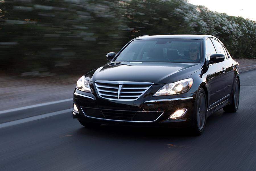 2014 Hyundai Genesis Overview Cars Com