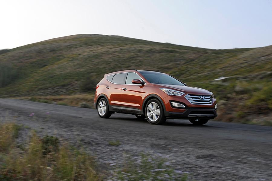 2014 Hyundai Santa Fe Sport Photo 4 of 11