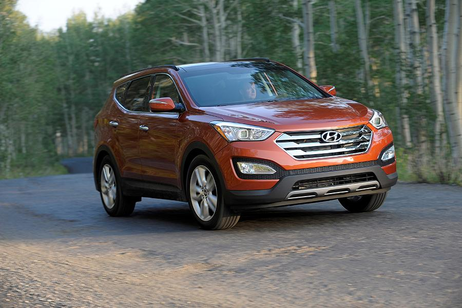 2014 Hyundai Santa Fe Sport Photo 2 of 11