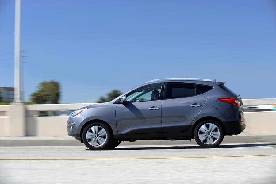 2014 Hyundai Tucson Photo 6 of 33
