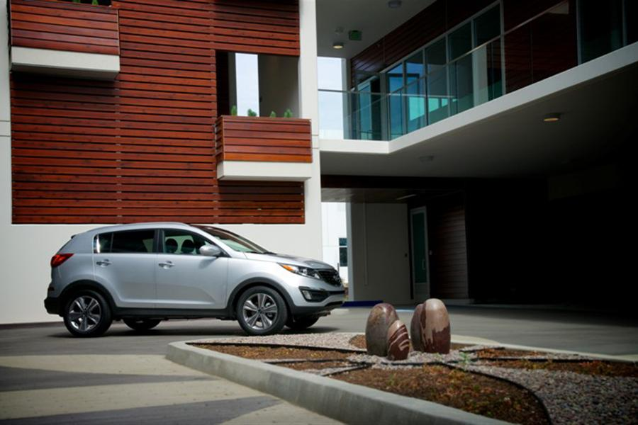 2014 Kia Sportage Photo 3 of 13