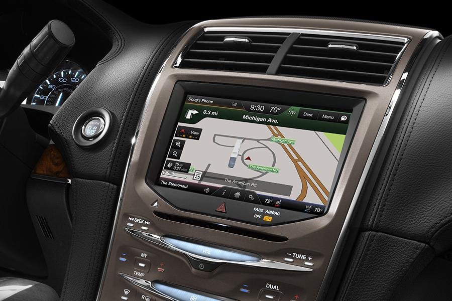 2014 Lincoln MKX Photo 6 of 8