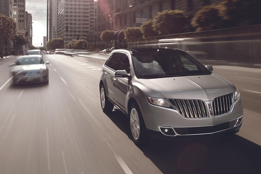2014 Lincoln MKX Photo 4 of 8
