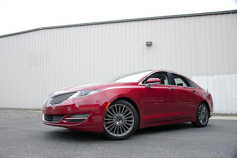 2014 Lincoln MKZ Photo 5 of 27