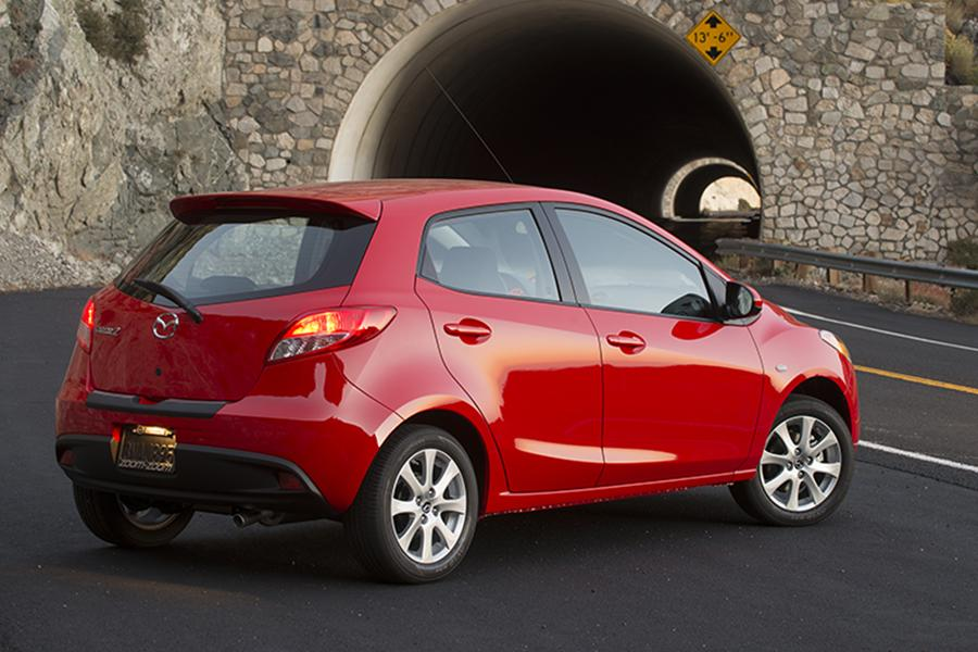 2014 Mazda Mazda2 Photo 6 of 19