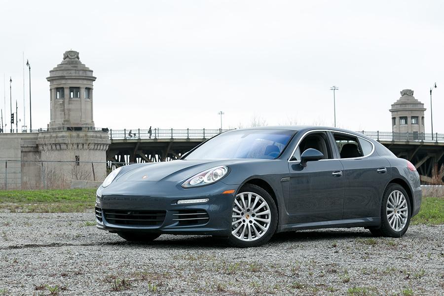 2014 Porsche Panamera Photo 4 of 23