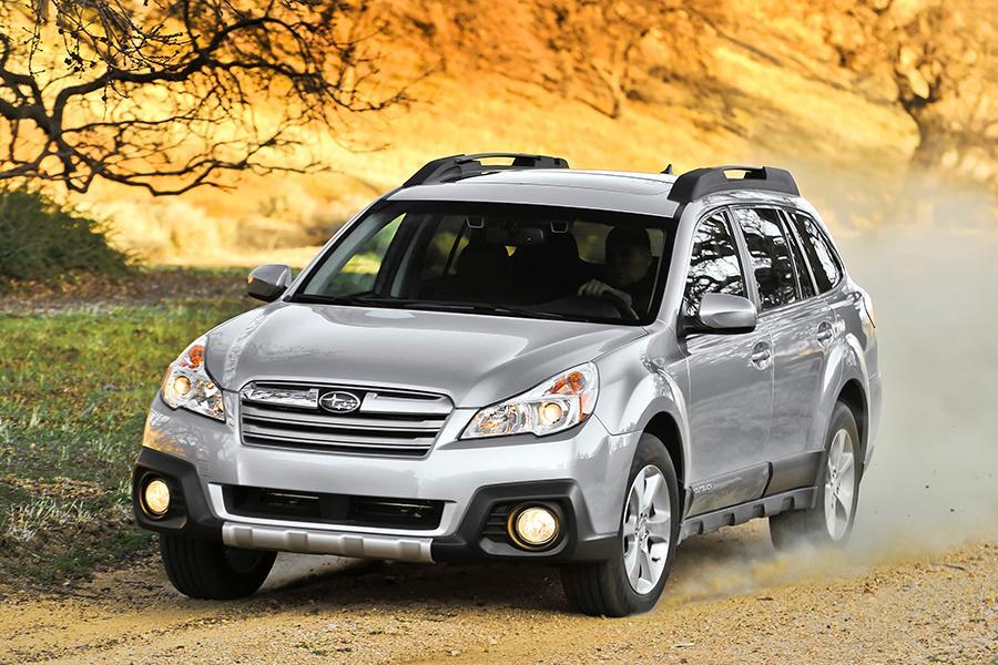 2014 Subaru Outback Photo 1 of 27