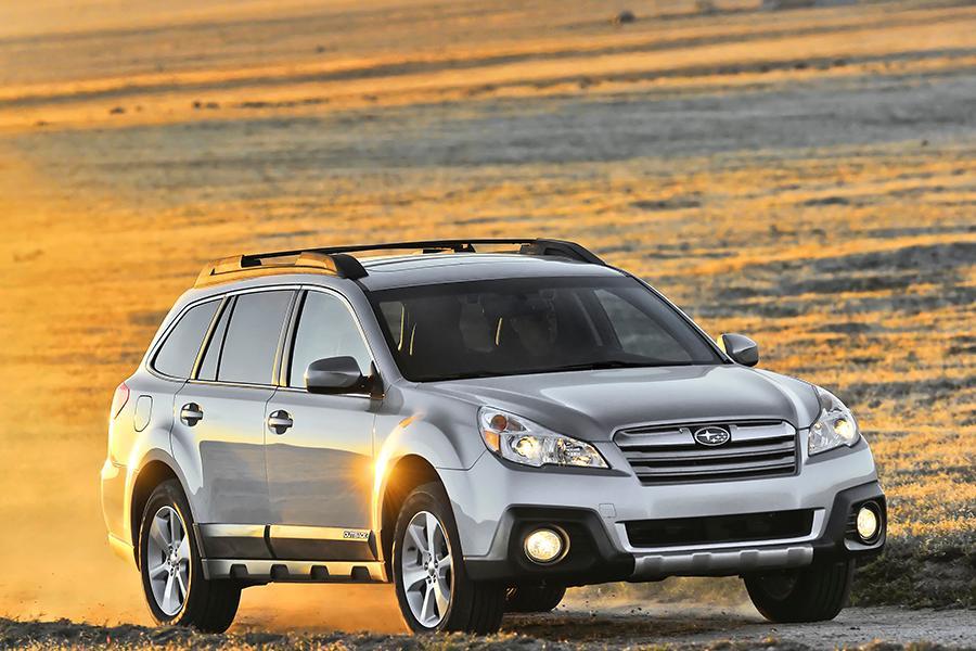 2014 Subaru Outback Photo 5 of 27