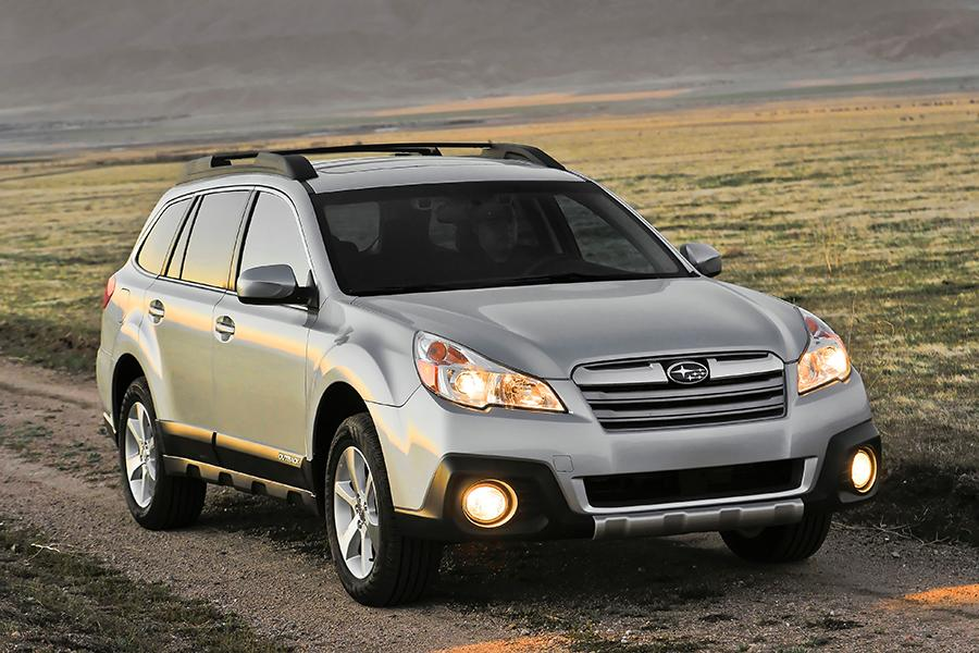 2014 Subaru Outback Overview Cars Com